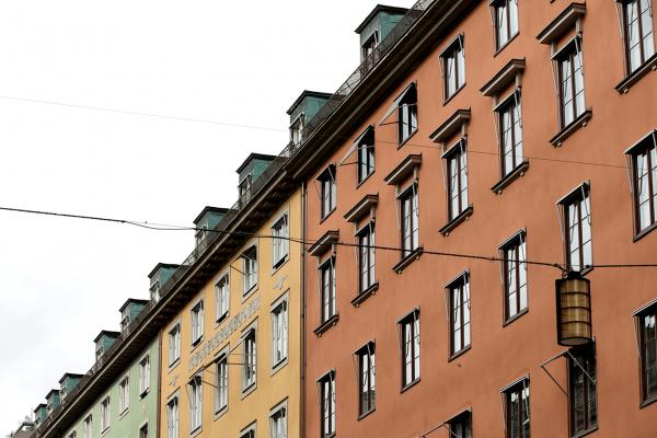 Fasadrenovering hos fastigheter med tegel